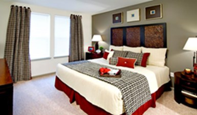 Bedroom at Listing #146610