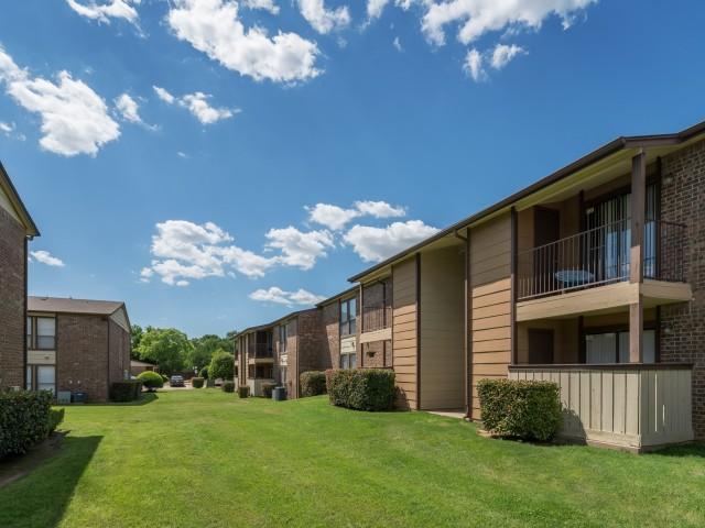 8500 Harwood Apartments North Richland Hills, TX