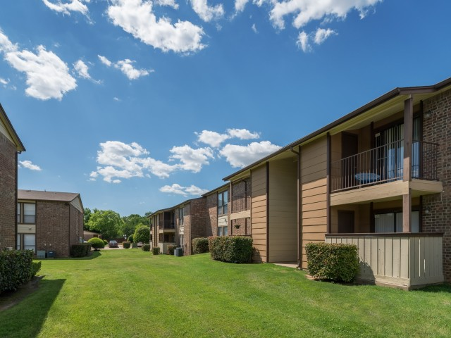 8500 Harwood ApartmentsNorth Richland HillsTX