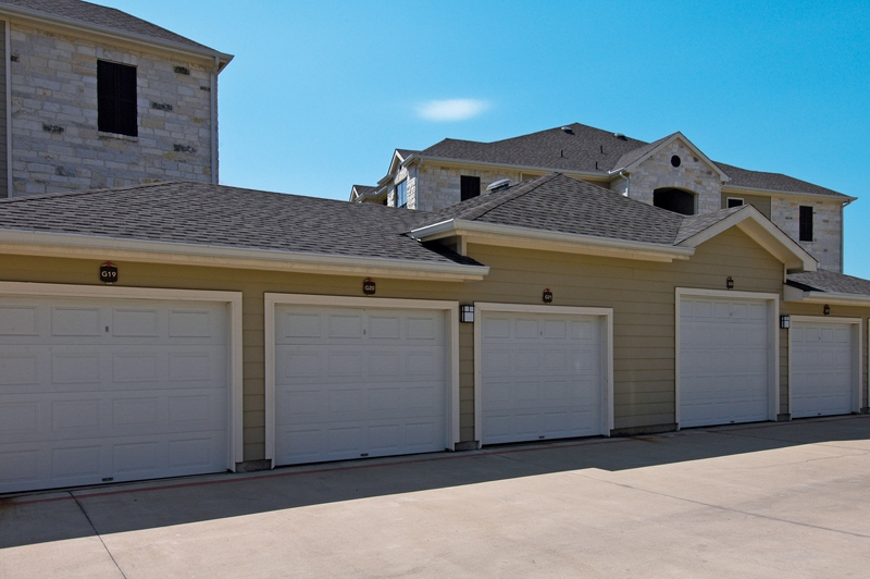 Exterior at Listing #145110