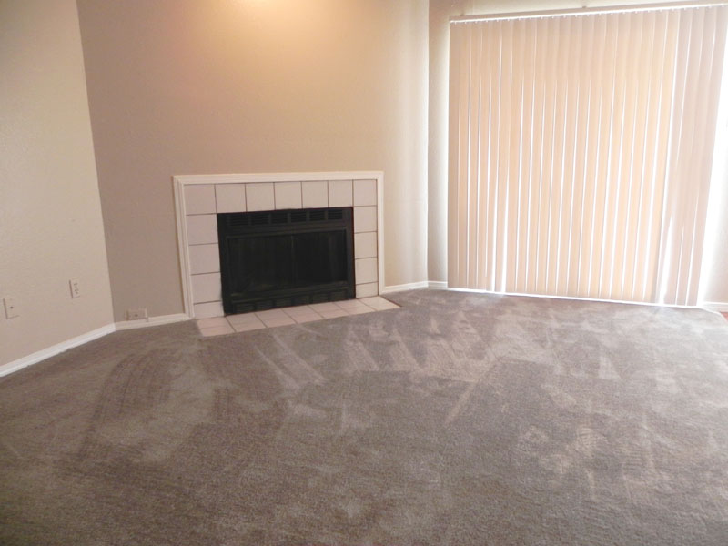 Living Room at Listing #136600