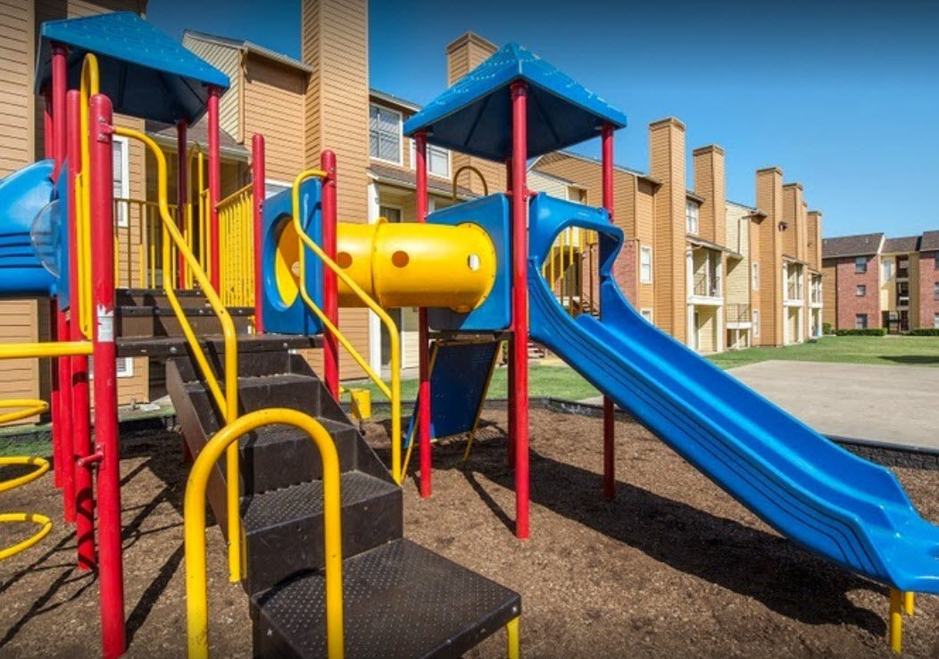 Playground at Listing #136180