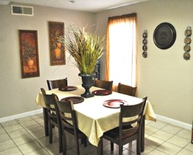 Dining at Listing #138049