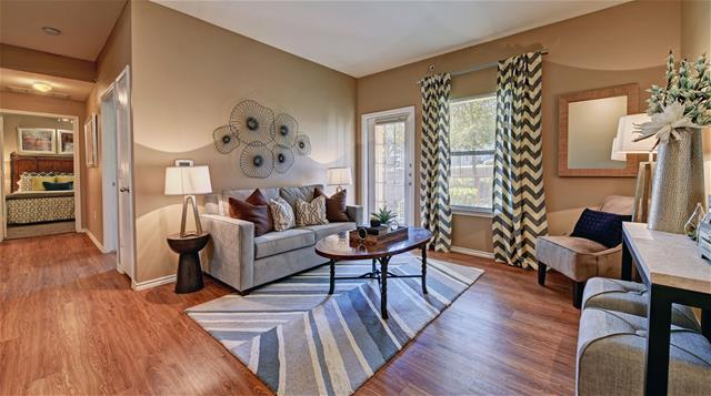 Living at Listing #145154