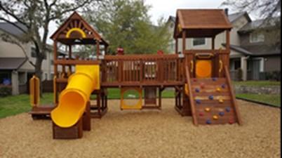Playground at Listing #140561