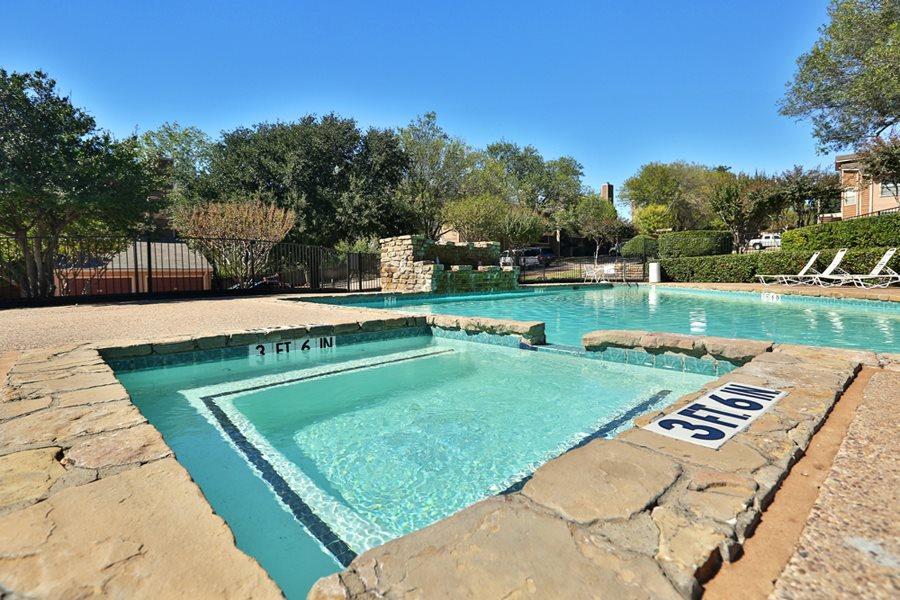Pool at Listing #137210