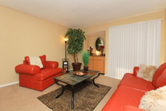 Living at Listing #141289