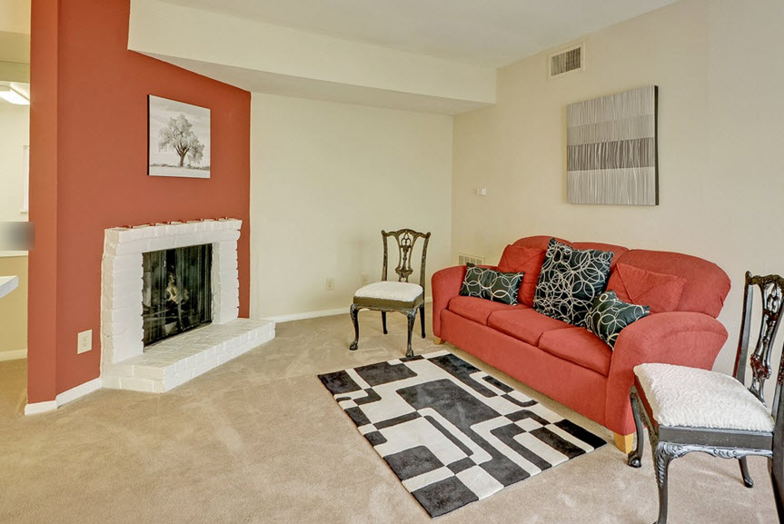 Living at Listing #138807