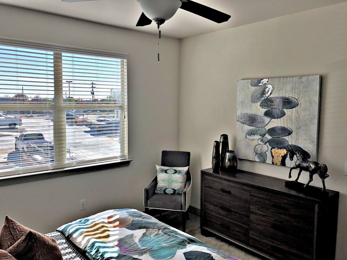 Bedroom at Listing #292725