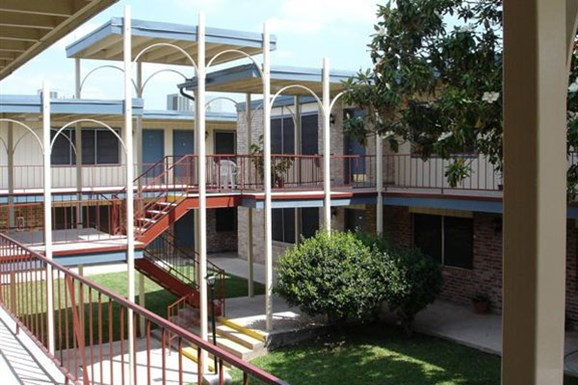 Arches Apartments