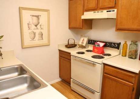Kitchen at Listing #140515