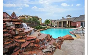 Pool at Listing #138014