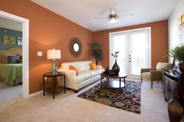 Living at Listing #140344