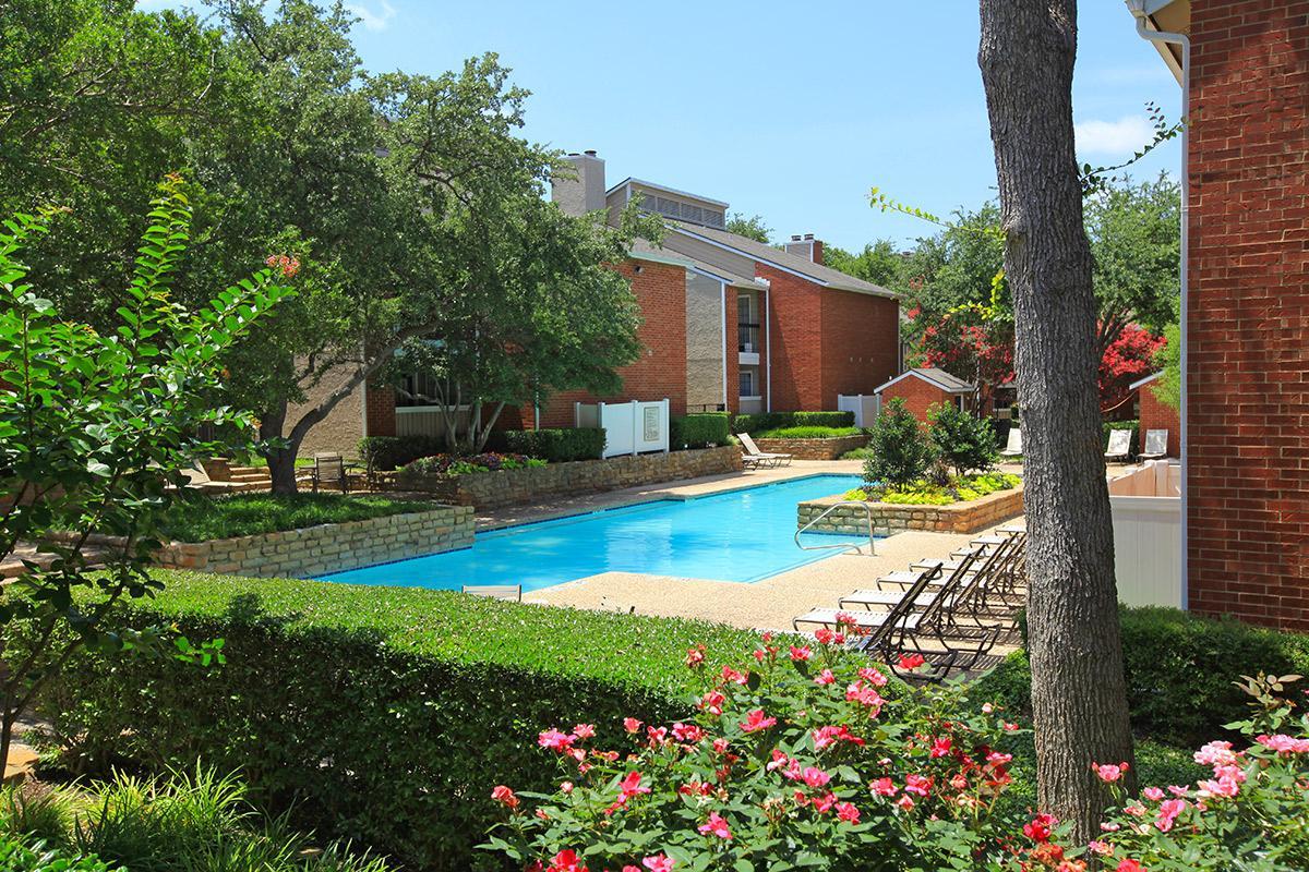 Pool at Listing #136398