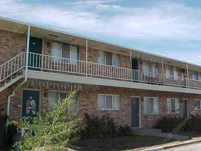 Creekside Apartments Garland TX