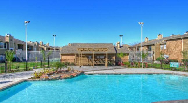 Pool at Listing #139944