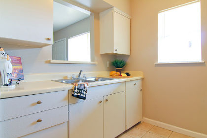Kitchen at Listing #136646
