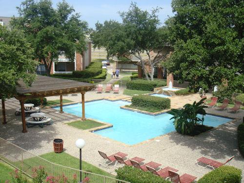 Pool at Listing #136583