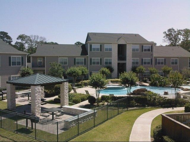 Oak Grove Apartments Houston TX