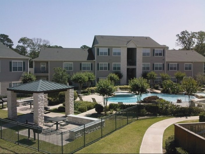 Oak Grove Apartments