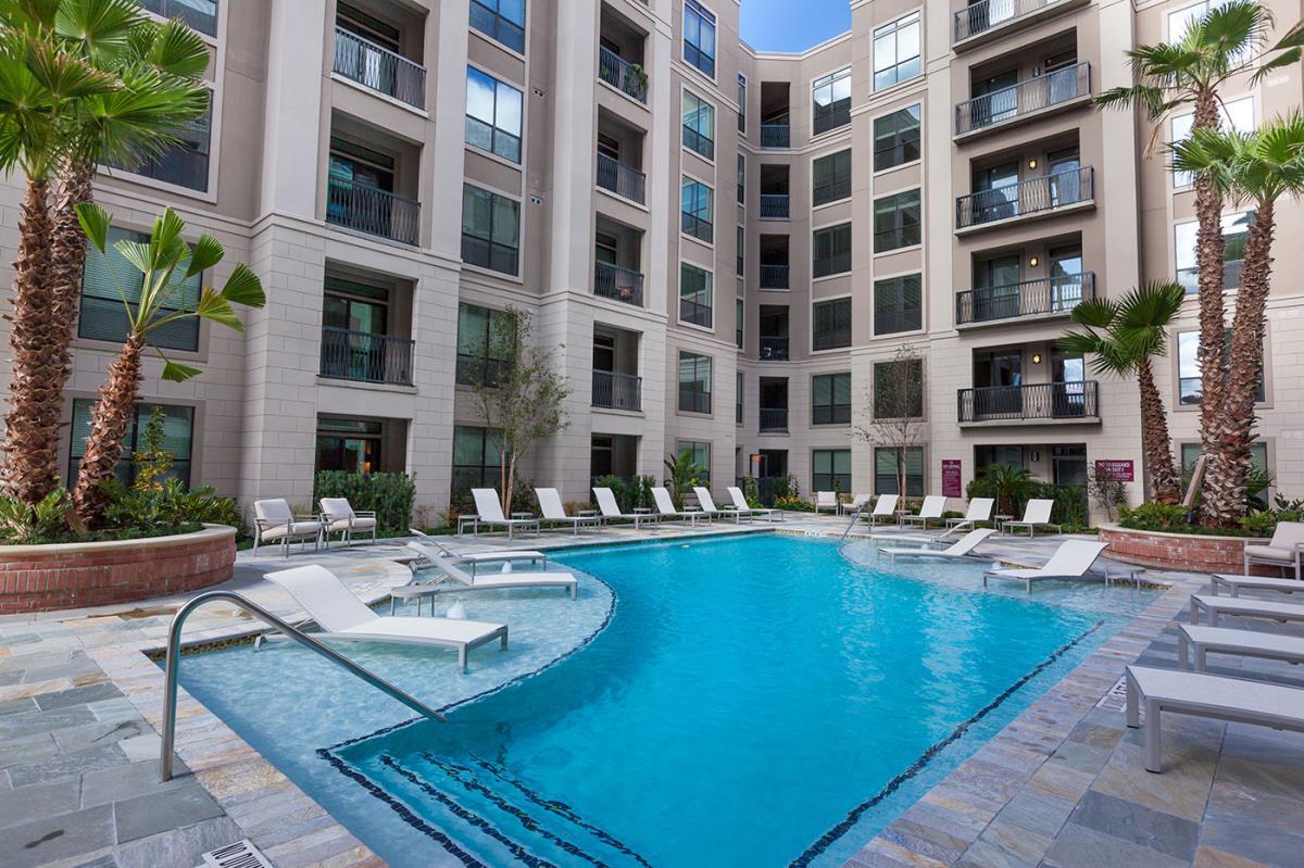 Pool at Listing #225063