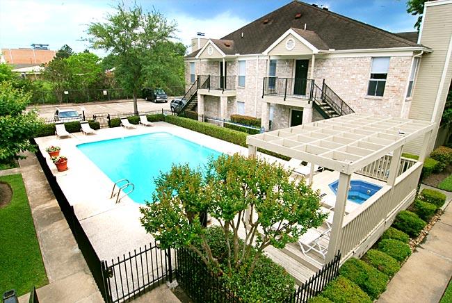 Pool at Listing #138880