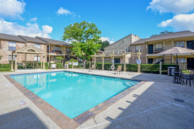Pool at Listing #139992