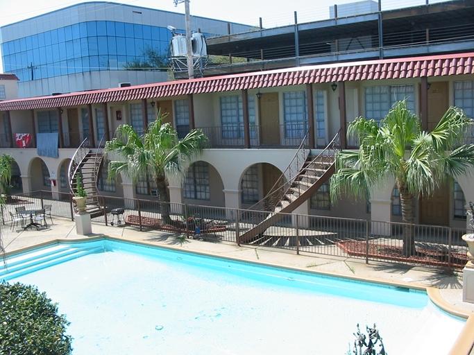Pool at Listing #138373