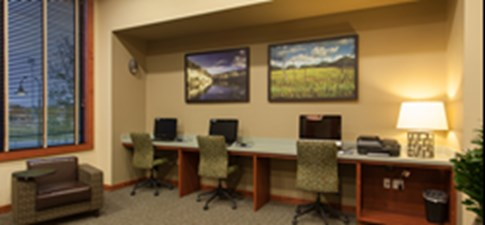 Business Center at Listing #154056