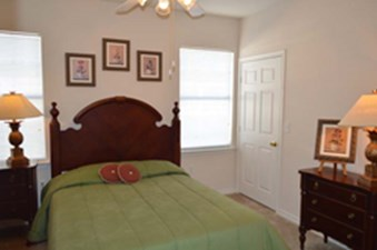 Bedroom at Listing #137847