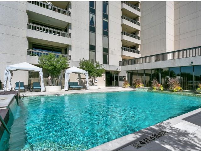 Pool at Listing #136613