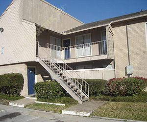 Los Arcos Apartments Houston, TX