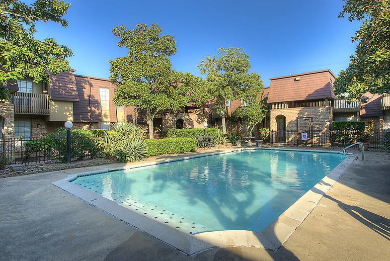 Villa Marina Apartments Galveston TX