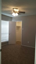 Bedroom at Listing #136846