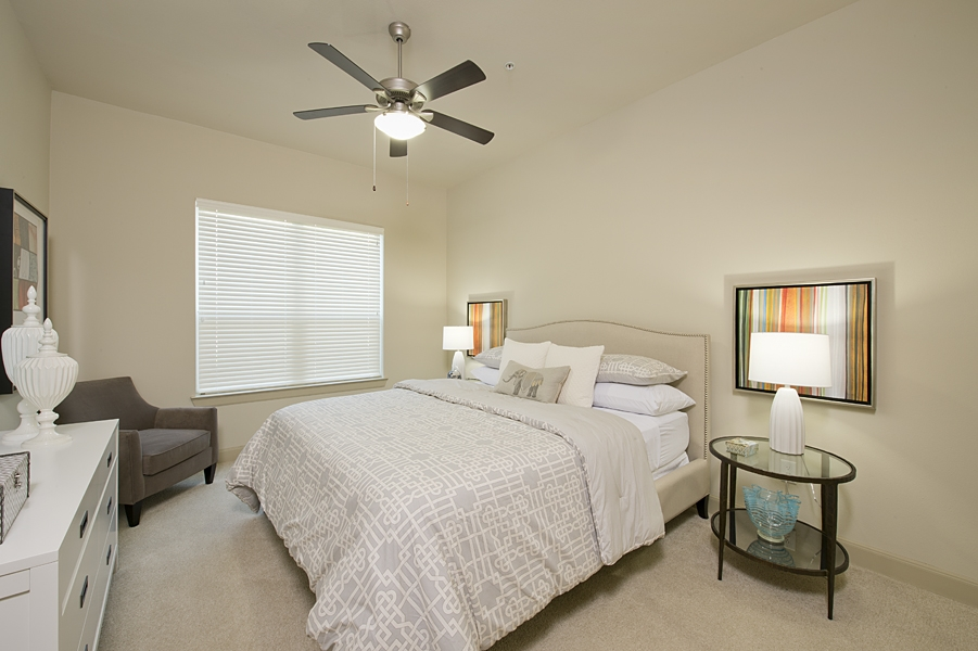 Bedroom at Listing #152216