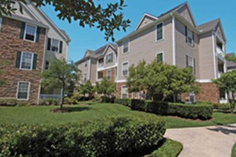 Exterior at Listing #138281