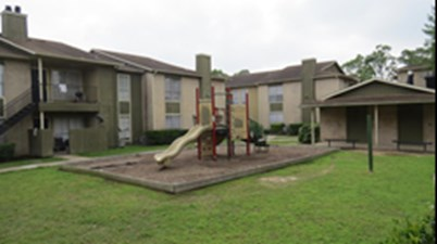 Playground at Listing #138380