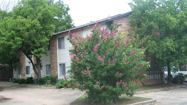 51st Street Flats Apartments Austin, TX