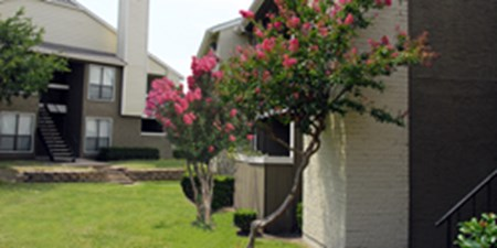 Exterior at Listing #136138