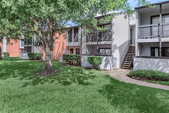 Exterior at Listing #138451