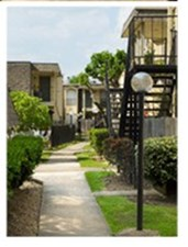 Pine Arbor Houston - $570+ for 1, 2 & 3 Bed Apts