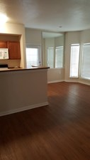 Dining at Listing #140149