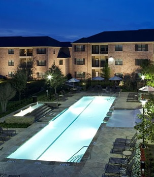Pool at Listing #144537