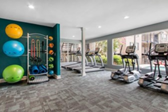 fitness center at Listing #141283