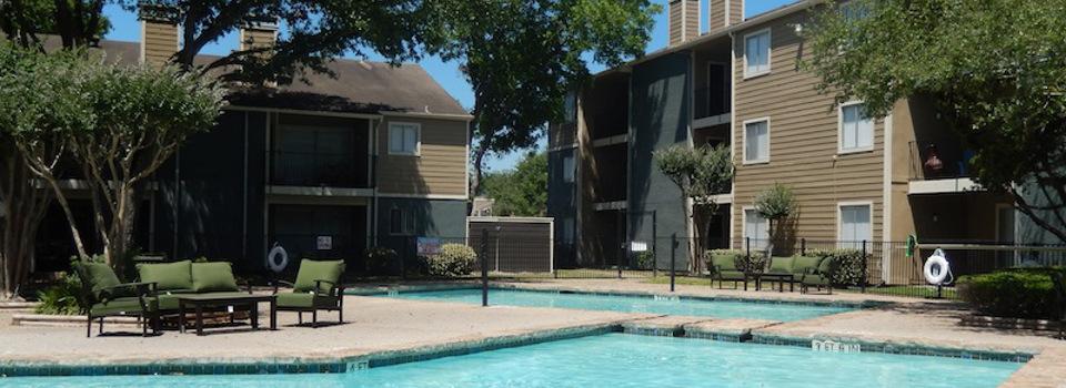 Pool at Listing #139891