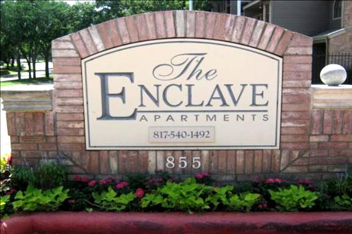 Entrance at Listing #136946