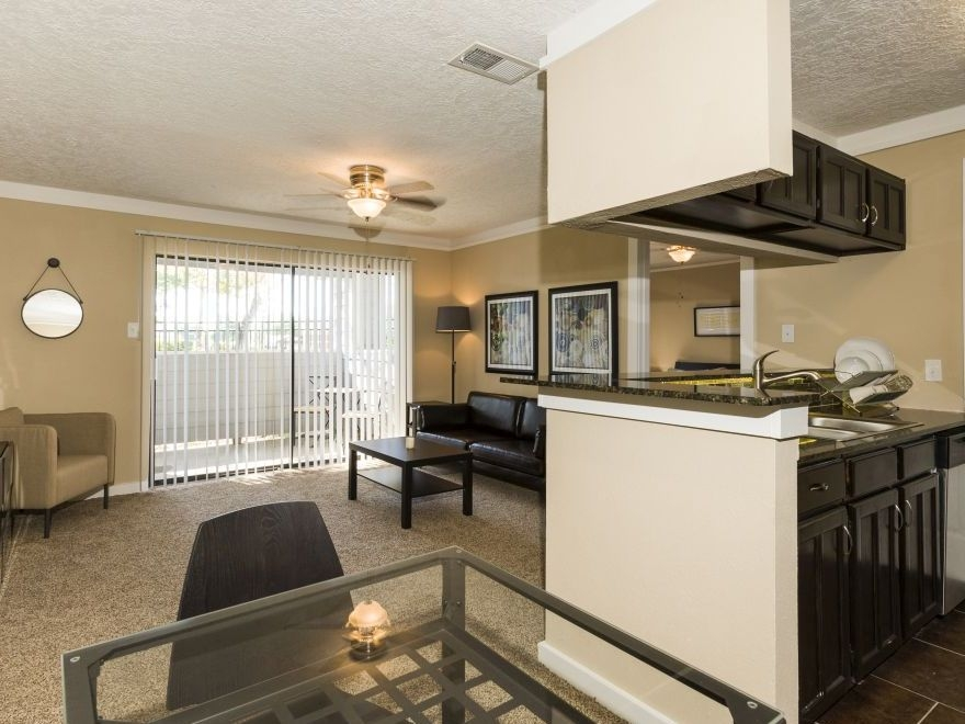Living/Kitchen at Listing #141213