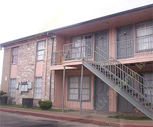 Pine Gardens Apartments , TX