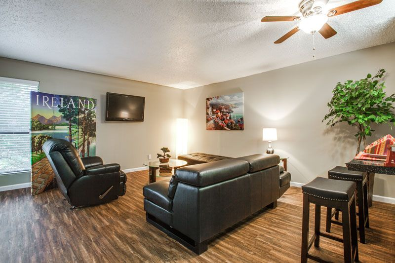 Living at Listing #136684