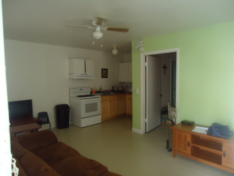 Living at Listing #140900